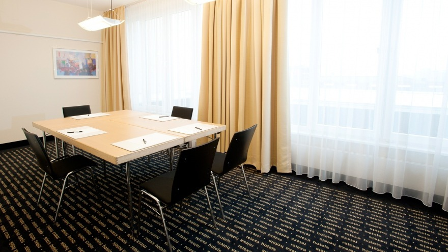 Hotel Booking In Frankfurt Without Credit Card